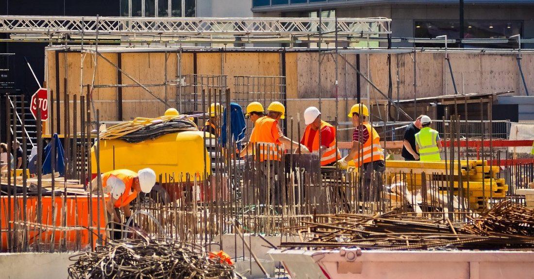 construction-3390318_1280